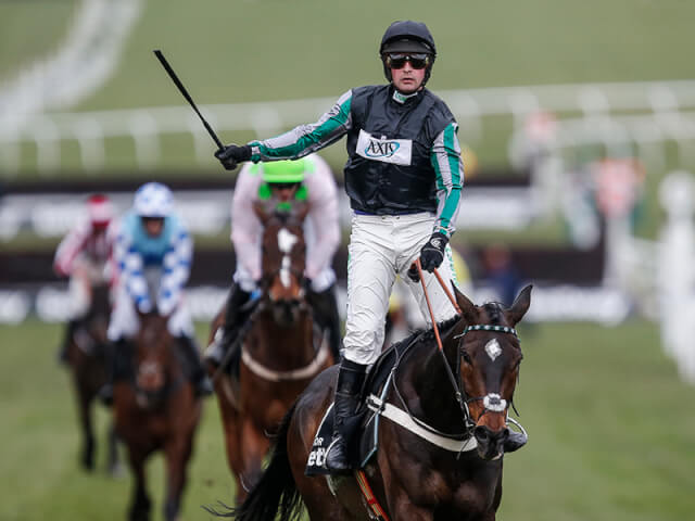 Altior wins the Queen Mother Champion Chase